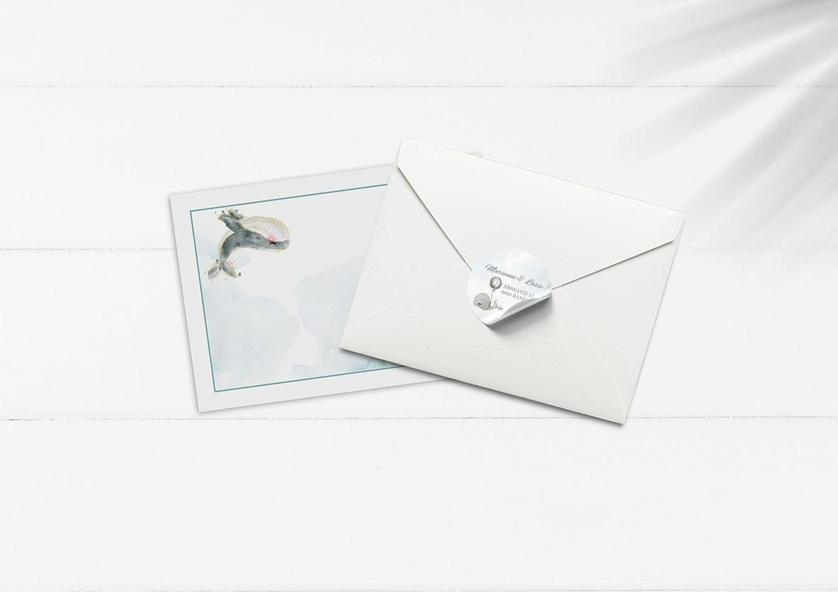 kuvert pakke med stickers hval og ballon dreng