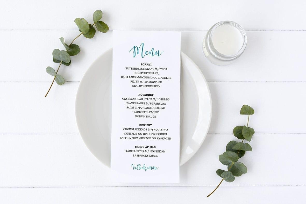 menukort med skråskrift turkis barnedåb