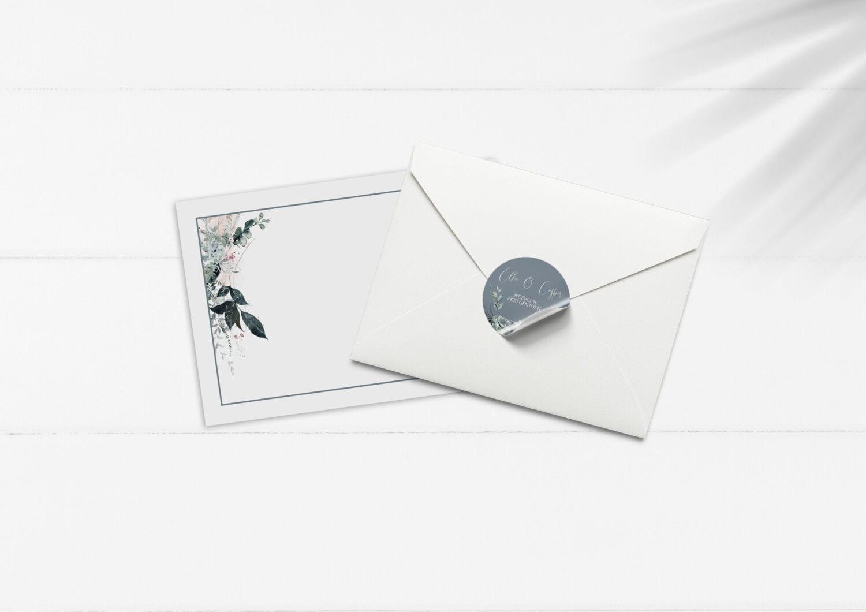 Kuvert med sticker blue beyond